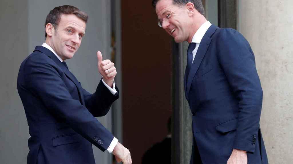 Mark Rutte y Emmanuel Macron se han reunido este viernes en París