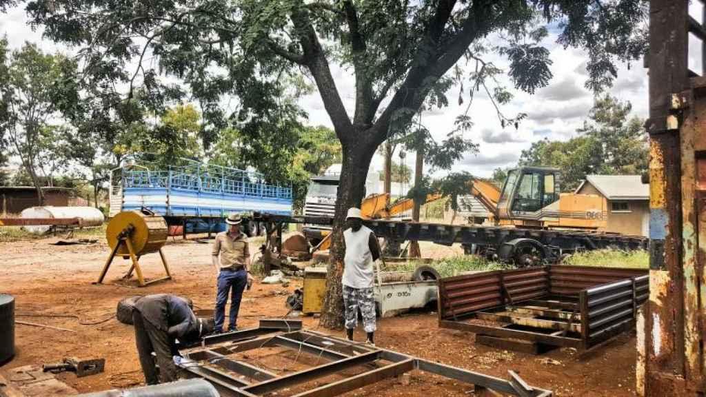 Un día de trabajo en la mina de diamantes, en Tanzania.