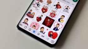 Stickers de Bitmoji en WhatsApp