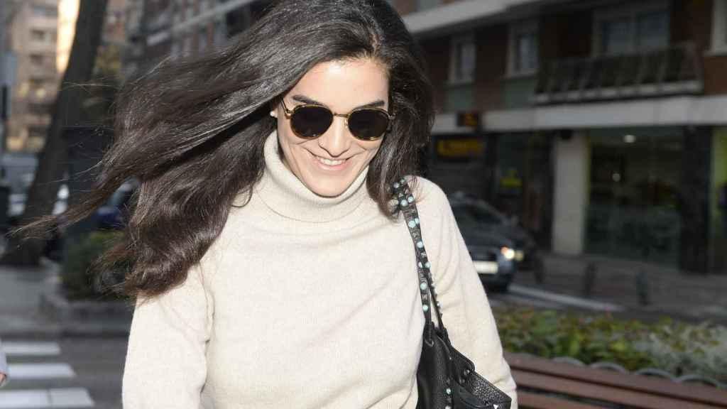 Bárbara Mirjan no se ha separado de Cayetano durante este ingreso.