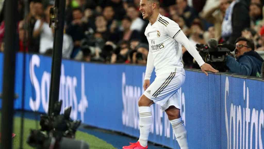 Eden Hazard tras una ocasión en la que estuvo cerca de hacer gol