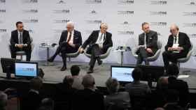 De izquierda a derecha: Luigi di Maio; Jacek Czaputowicz; Josep Borrell; Mark Sedwill y Jean-Yves Le Drian.