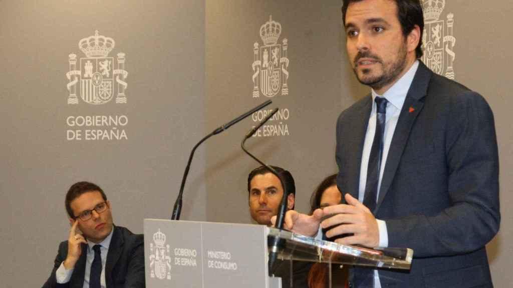Garzón ha propuesto prohibir la publicidad de los bonos de bienvenida.
