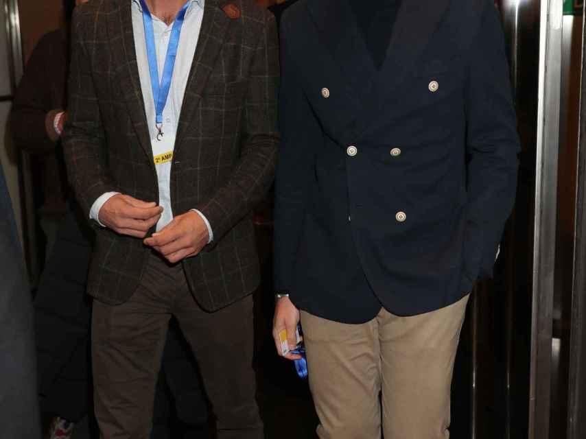 José Bono Jr. junto a su futuro marido Aitor Gómez.