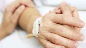Representantes de la vida pública firman un manifiesto contra la ley de eutanasia.