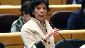 La ministra de Educación, Isabel Celaá, durante la pasada sesión de control del Gobierno en Senado.