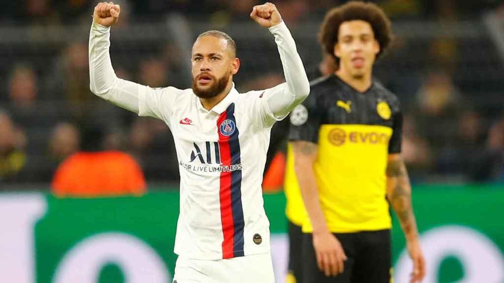 Neymar celebra su gol contra el Borussia Dortmund