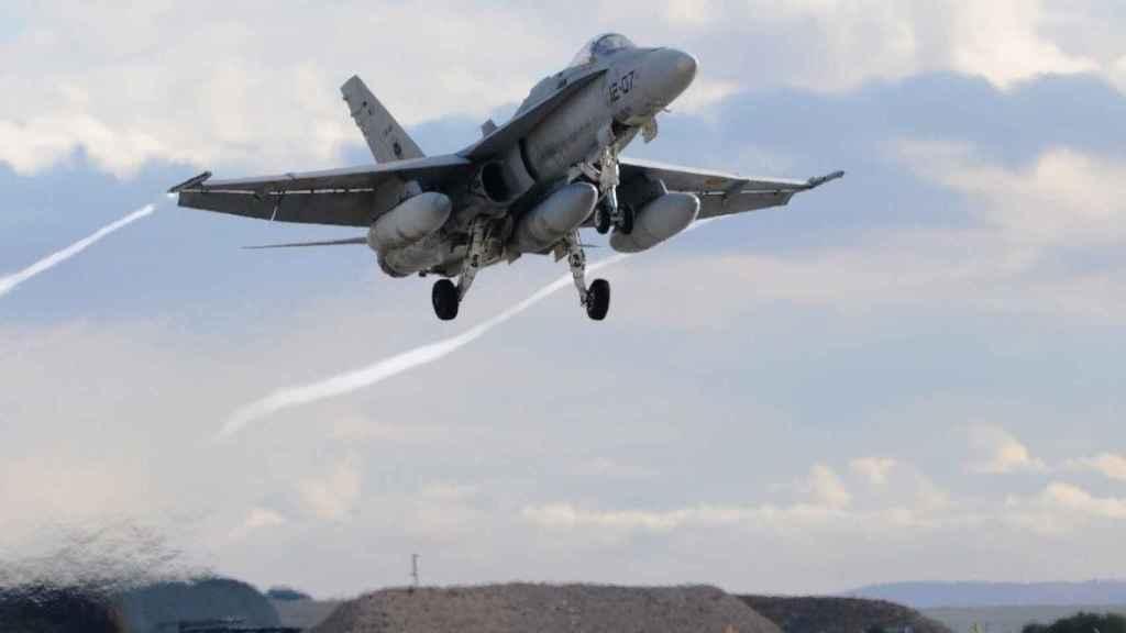 F-18 del Ala 15 en el ejercicio celebrado en Málaga.