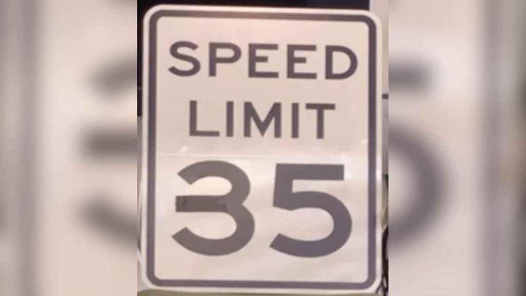 Señal de límite de velocidad modificada
