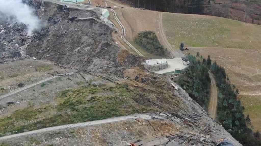 Imagen aérea del vertedero de Zaldibar.