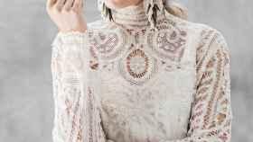 Los pendientes de Leyma Boutique Floral son ideales tanto para novias como para invitadas.