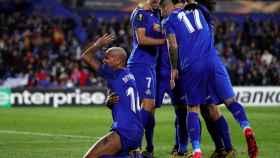 Los jugadores del Getafe celebran uno de los goles del partido