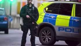 Imagen de archivo de un policía en Londres.