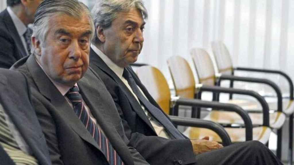 Los empresarios Alberto Alcocer y Alberto Cortina, en la Audiencia Provincial de Madrid, en septiembre de 2009