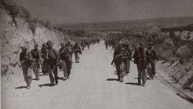 Tropas republicanas durante la ofensiva del Ebro en julio o agosto de 1938.