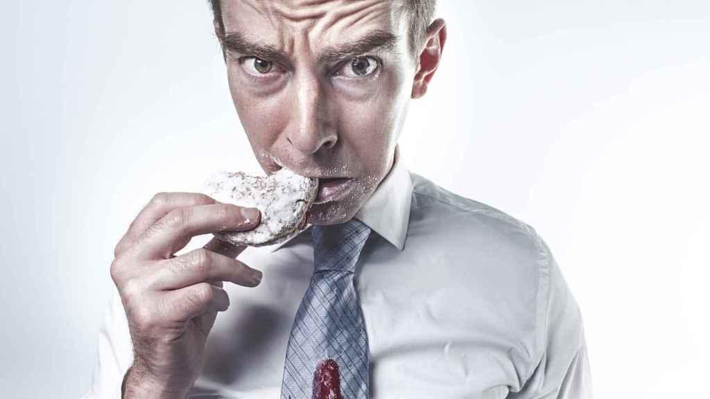 Cómo dejar de comer por estrés ¡Elimina el hambre emocional!