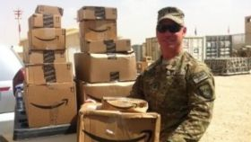 Amazon apuesta por contratar a ex militares para mejorar la eficiencia en su logística.