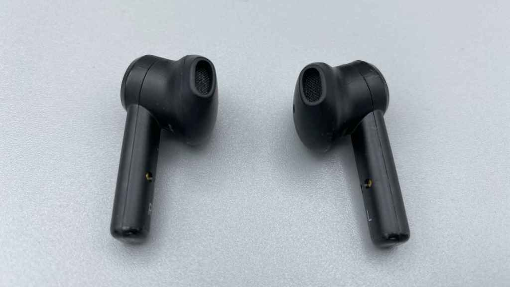 Los Hammerhead True Wireless descansan en la oreja