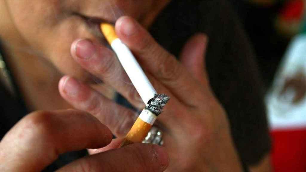 El 34 por ciento de las personas entre 15 y 64 años consume tabaco de manera diaria.