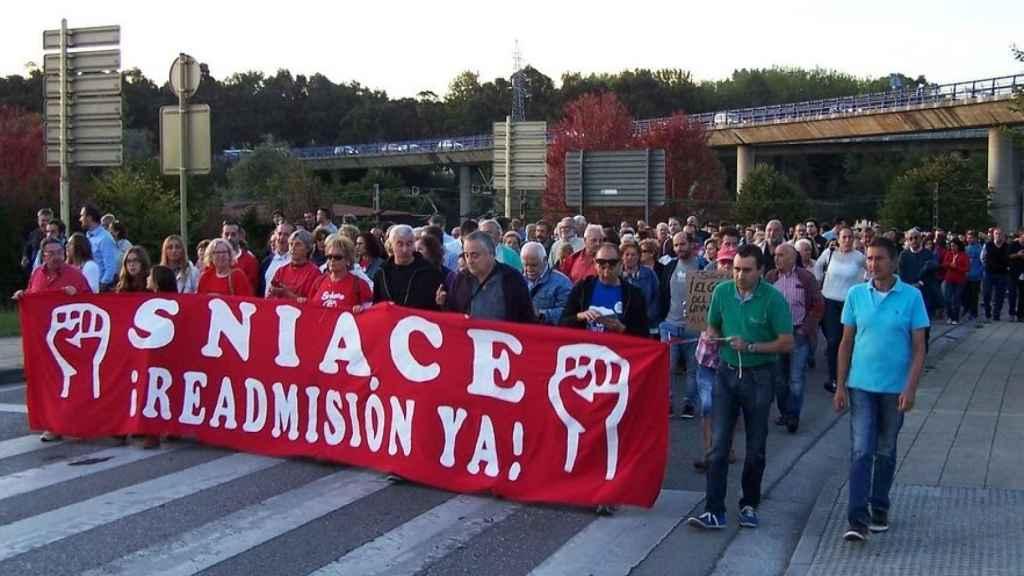 Manifestación contra los despidos de Sniace.