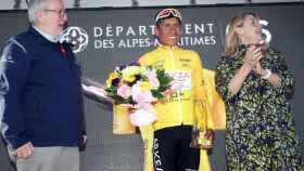 Nairo Quintana con el maillot amarillo