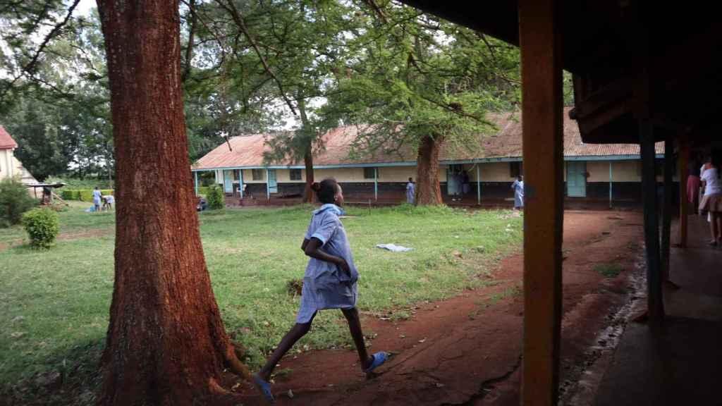 Patio donde juegan las niñas en Dagoretti.