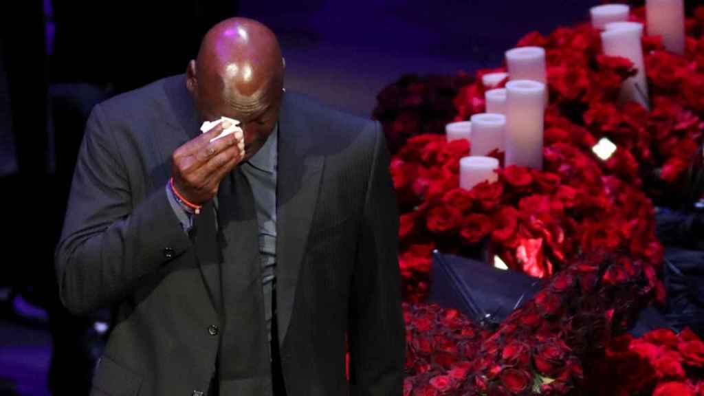 Michael Jordan, entre lágrimas