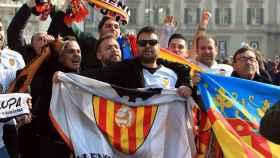 Aficionados del Valencia en Milán