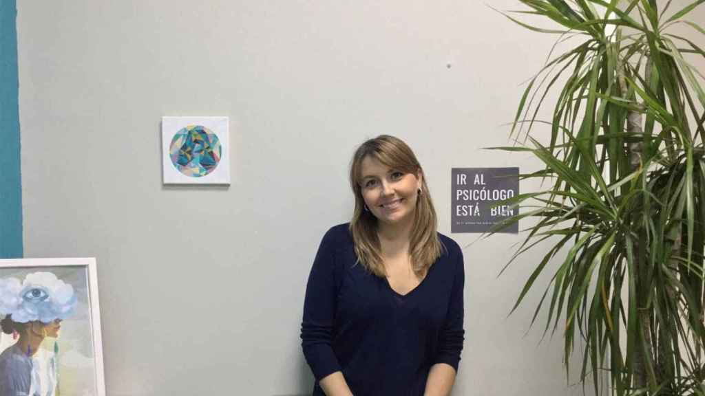 Ana Fabón ejerce de psicóloga. Tiene consulta propia.