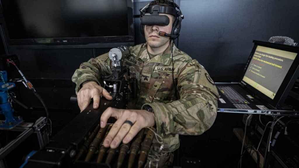 Militar de EEUU entrenando con realidad virtual.