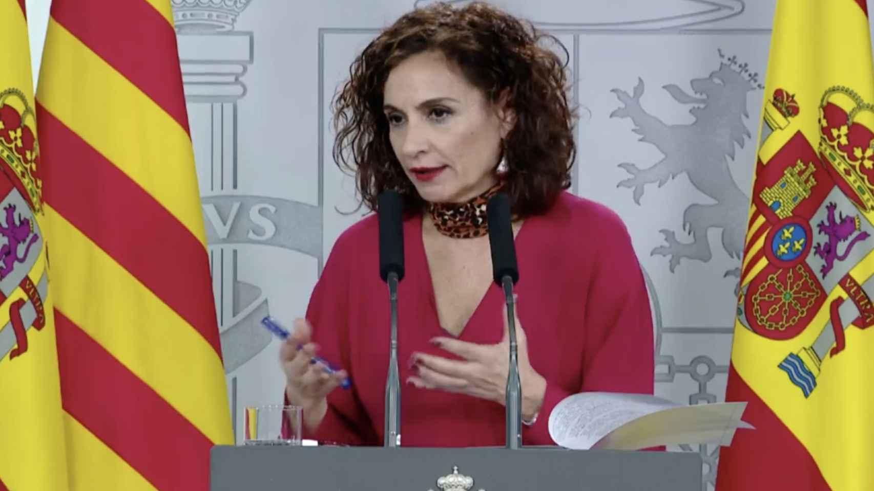 María Jesús Montero, portavoz del Gobierno, durante su comparecencia frente a la prensa.