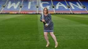 Ruth, celebrando que había ganado el bote del Euromillones.
