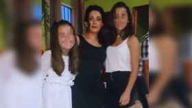 Marimar, la mujer asesinada por su marido, junto a sus dos hijas
