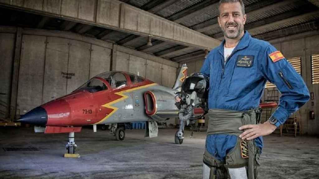 El piloto fallecido es el comandante Eduardo Fermín Garvalena.