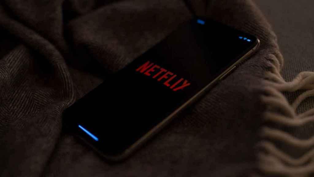 Netflix en un móvil.