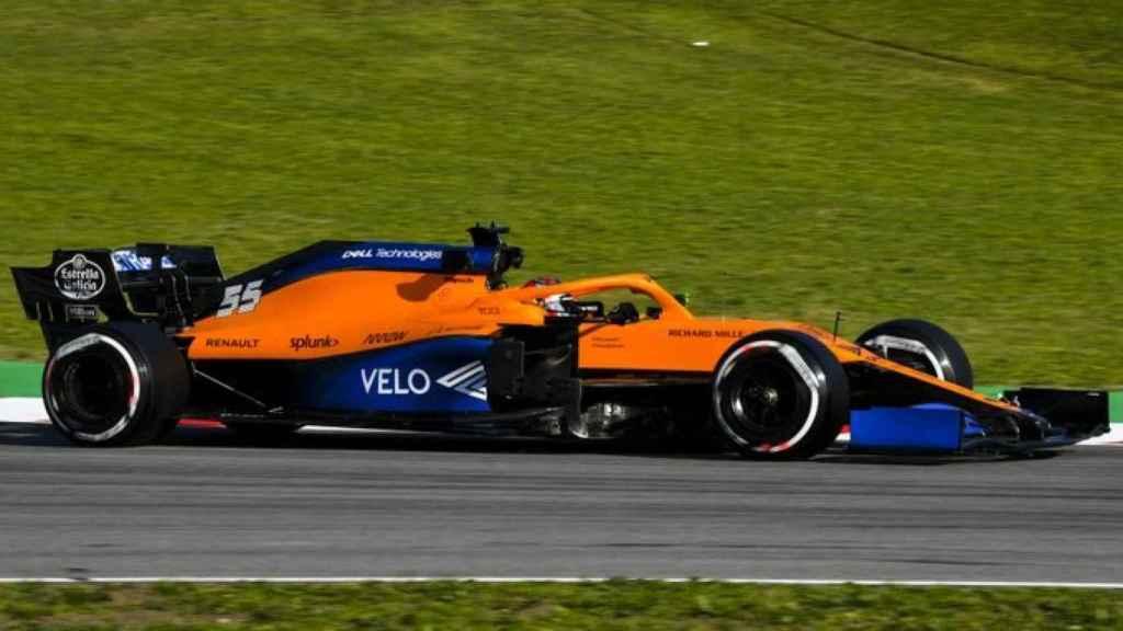 Carlos Sainz pilotando su 'fórmula 1'.