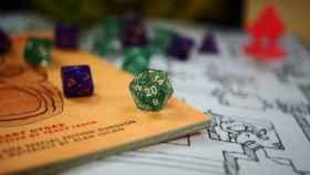 Dados en una partida de Dungeons & Dragons