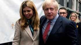 Boris Johnson y Carrie Symonds , en un evento.