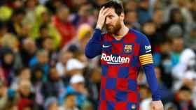 Leo Messi se lamenta por una acción desaprovechada