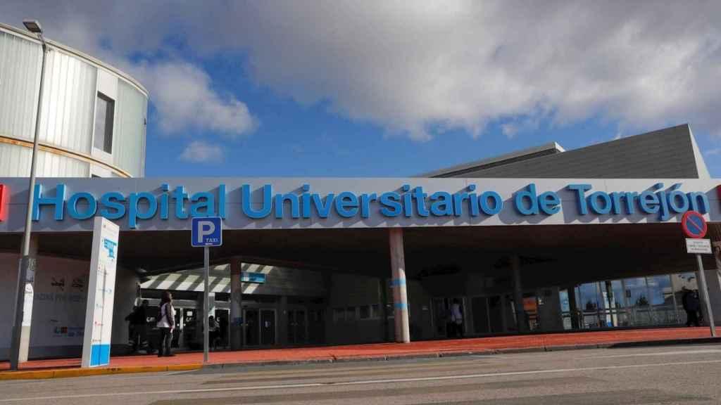 Fachada del Hospital de Torrejón.