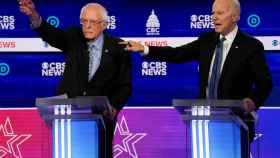 Sanders y Biden en uno de los últimos debates entre los candidatos demócratas