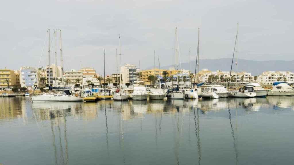 Puerto deportivo de Roquetas de Mar