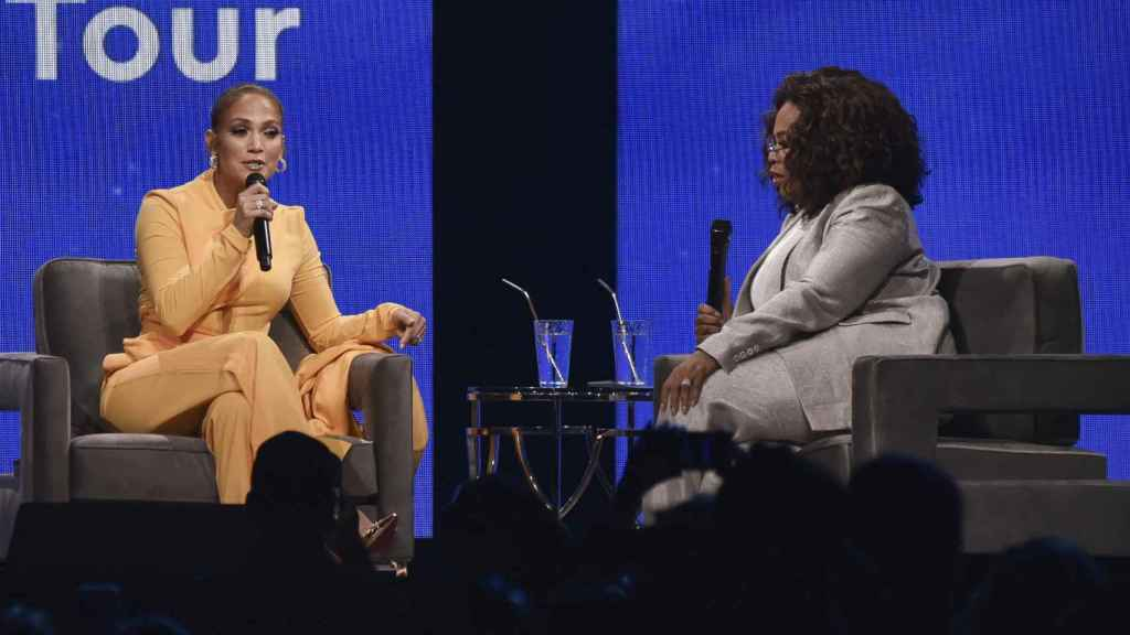 Jennifer durante su entrevista con Opra Winfrey.