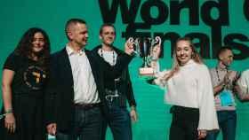 La startup ganadora reemplaza con residuos de lana las burbujas de plástico en embalajes.