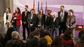 Irene Montero junto a parte de su equipo de Igualdad, entre ellas Amanda Mayer, (cuarta por la izquierda).