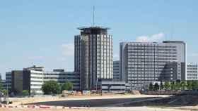 Vista del Hospital Universitario La Paz desde la Avenida Monforte de Lemos.