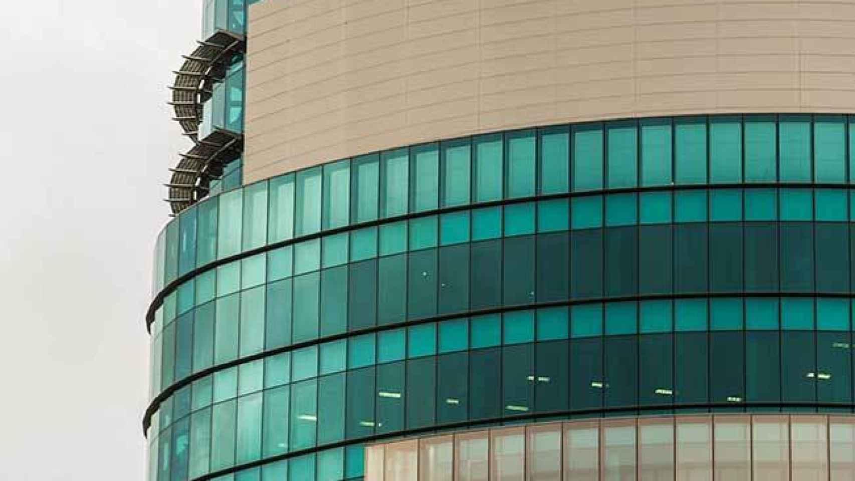 EY envía a teletrabajar a sus 3.100 empleados en Madrid tras un caso de coronavirus