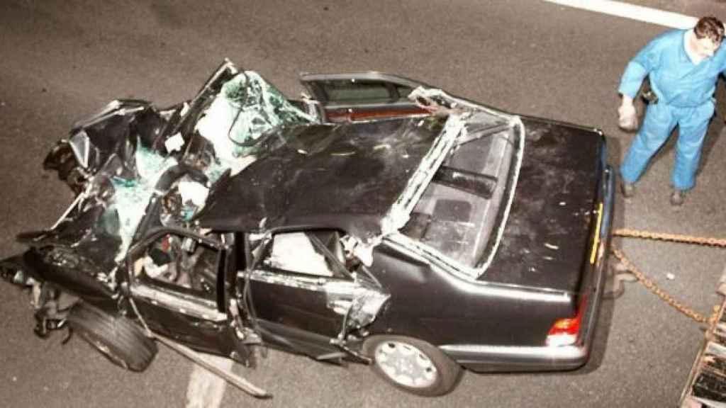 El coche de Dodi AL Fayed, en el que viajaba Lady Di cuando sufrió el accidente en el que perdió la vida.
