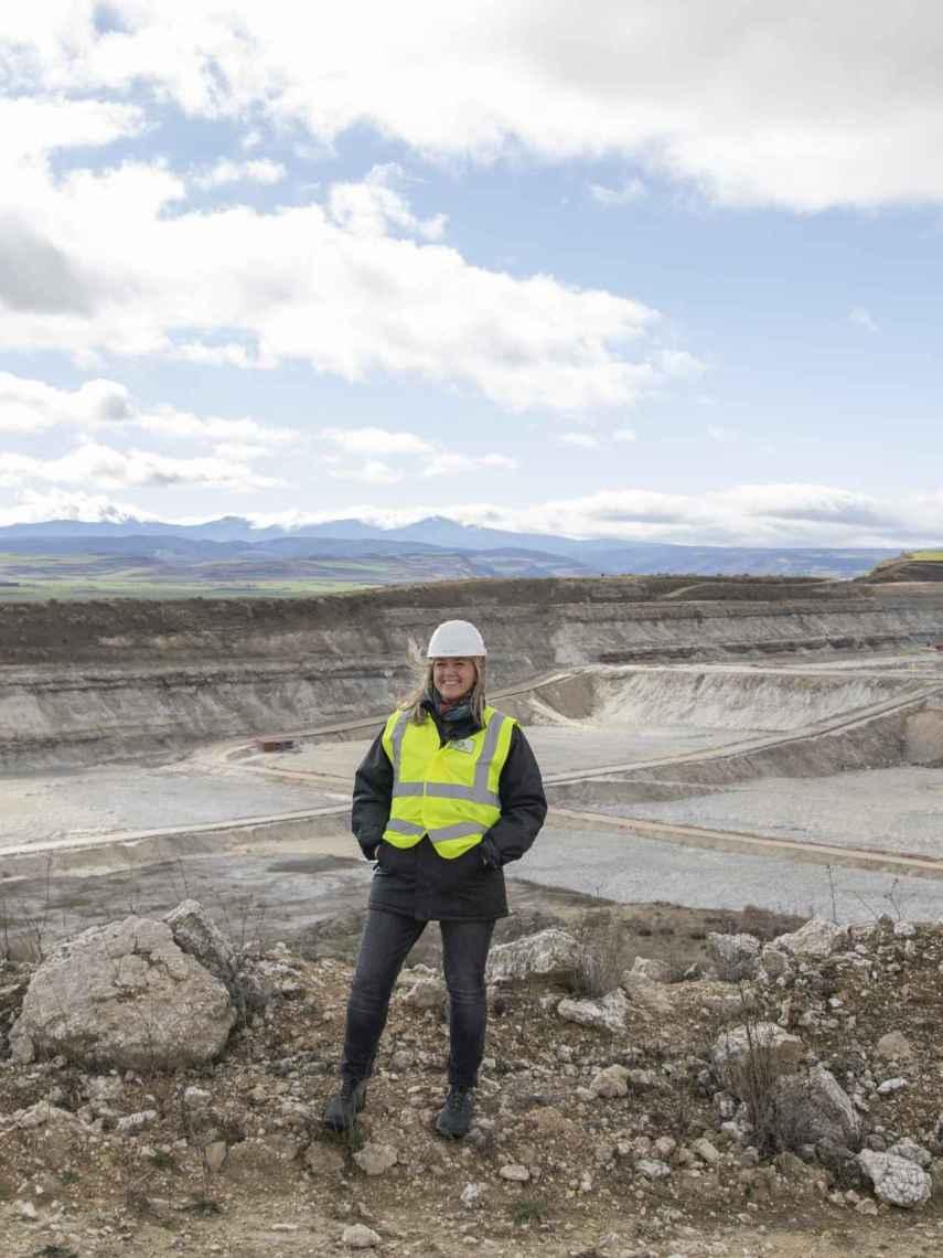 Victoria Plantalamor, en la mina.