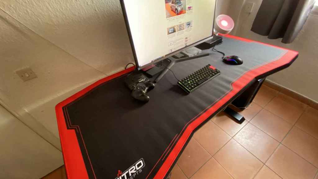 La mesa terminada, es limpia y ofrece mucho espacio